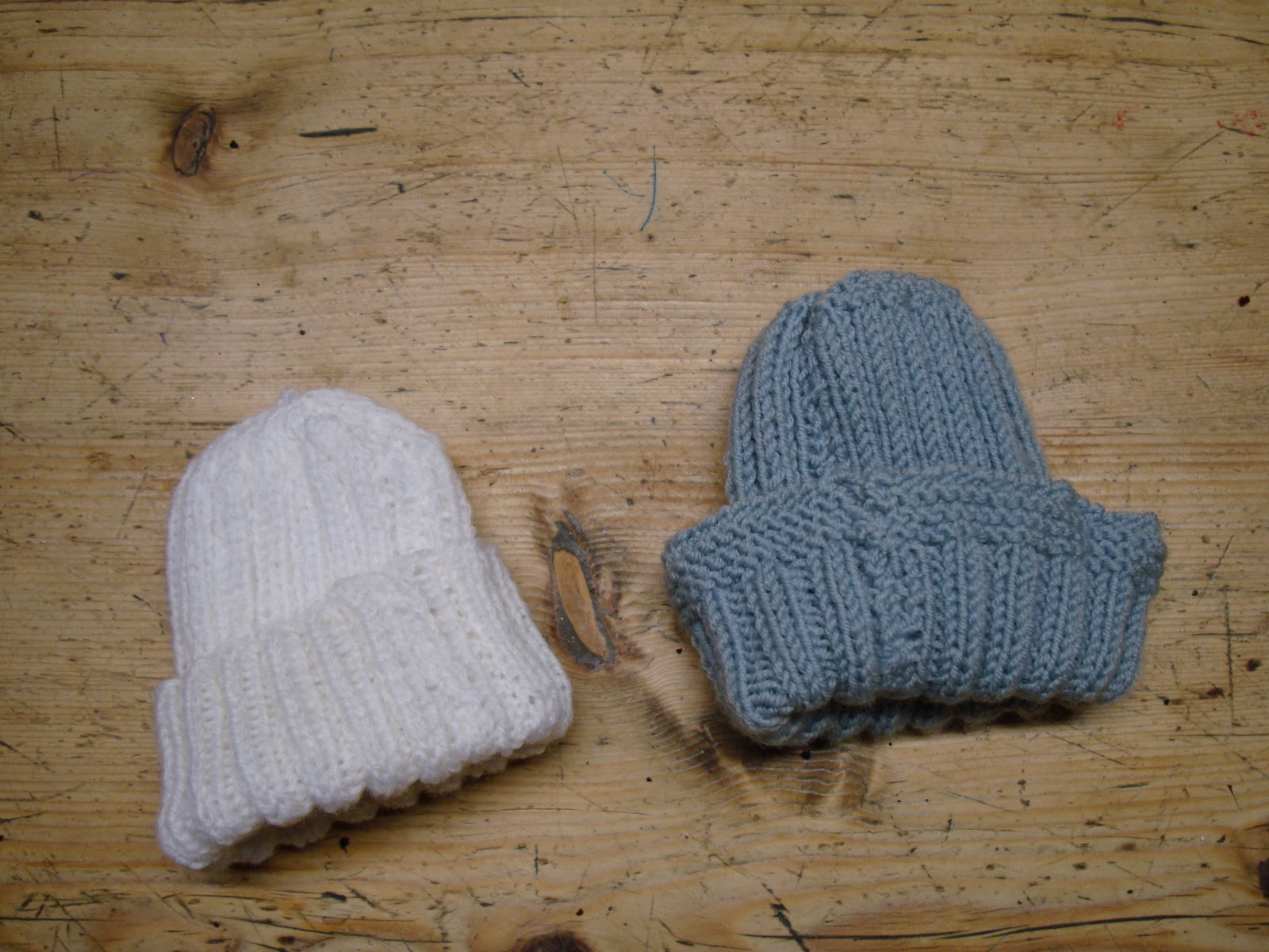 Knit a hat for a premature baby