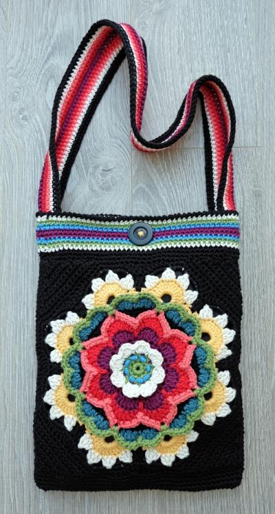 Flowers of Life Crochet Bag